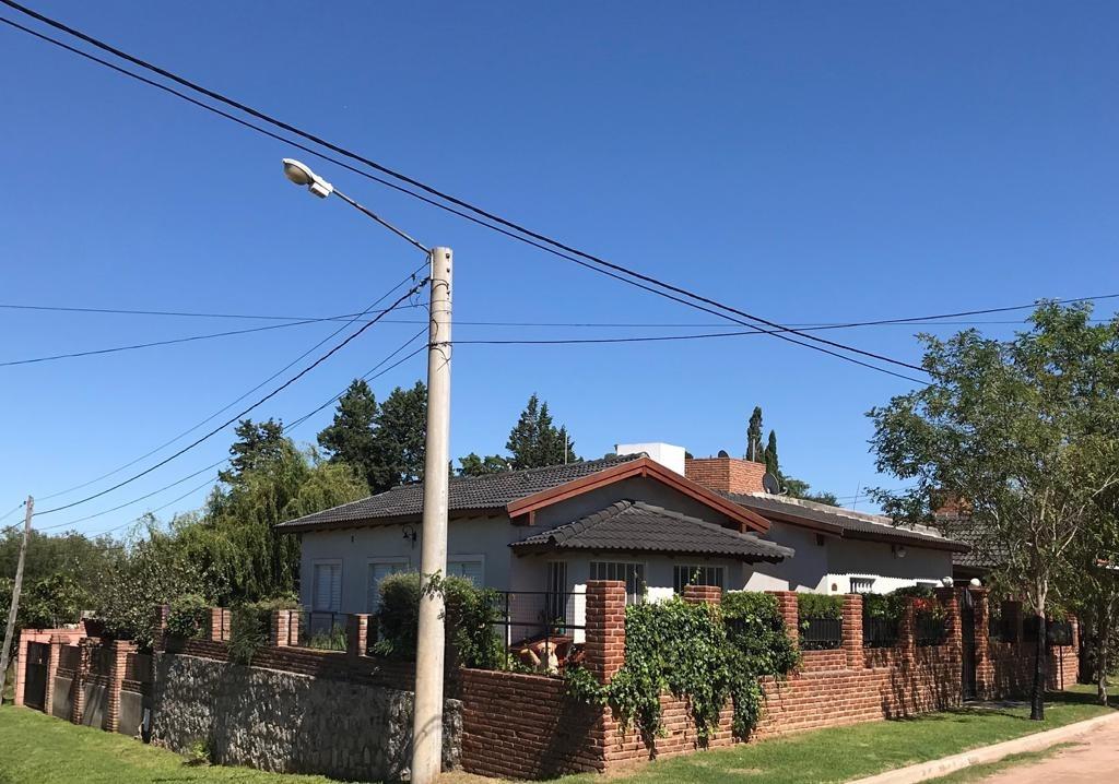 casa en la cumbre, barrio tranquilo y residencial