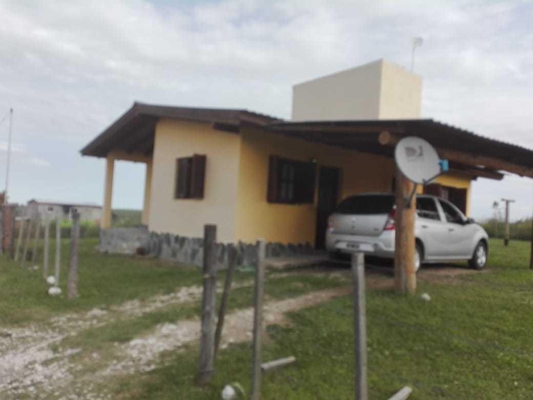 casa en la entrada de villa yacanto