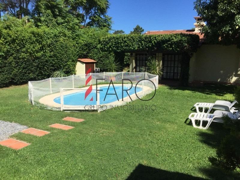 casa en la mansa 3 dormitorios y dependencia con garage y piscina-ref:32779