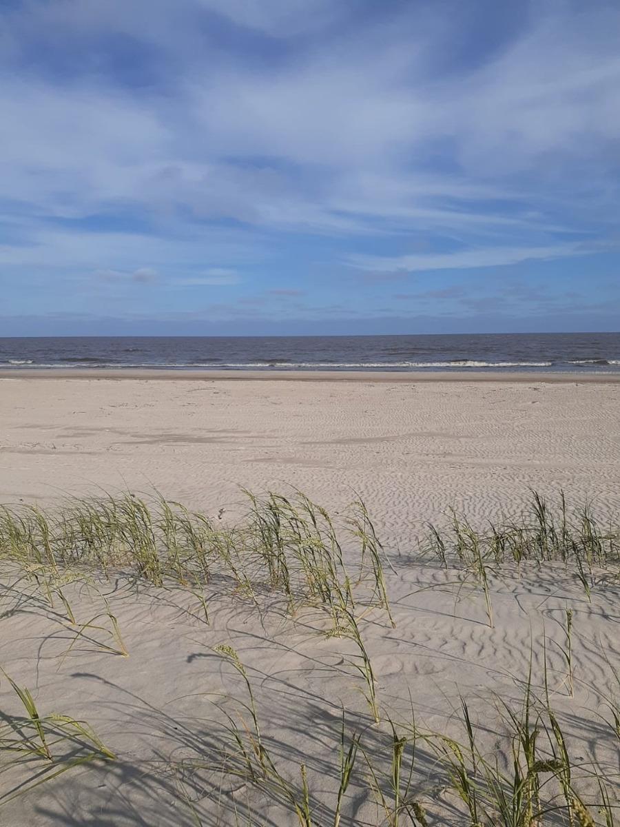 casa en lagomar a 50 metros de la playa!