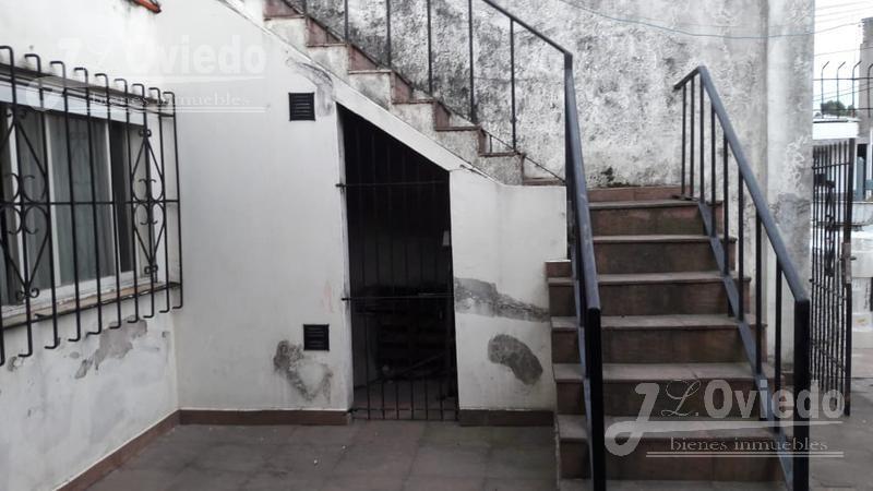 casa en libertad merlo  barrio tranquilo cercana a padua****