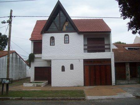 casa en lomas de zamora oeste