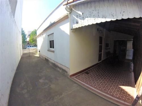 casa en lote propio 10 x 43 // haedo // venta