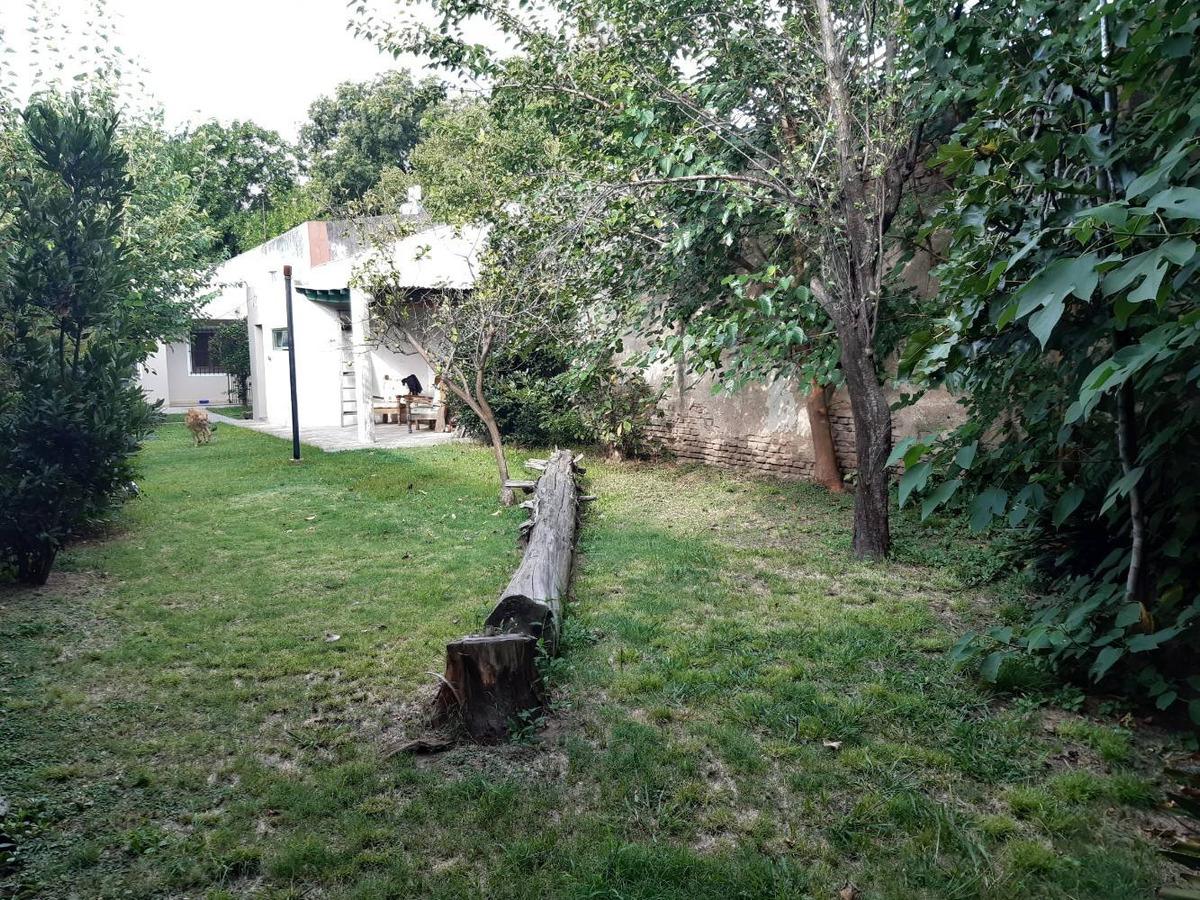 casa en lote propio - 3 ambientes con gran jardín