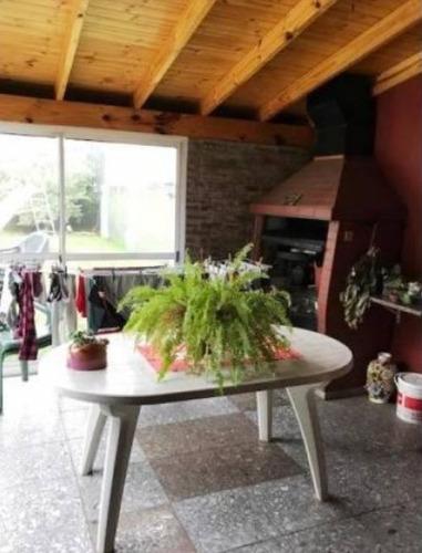casa en lote propio // venta // ramos mejia