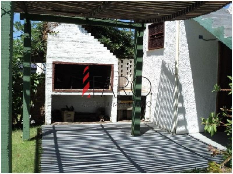 casa en manantiales 2 dormitorios y dependencia de servicio, con garage-ref:35776