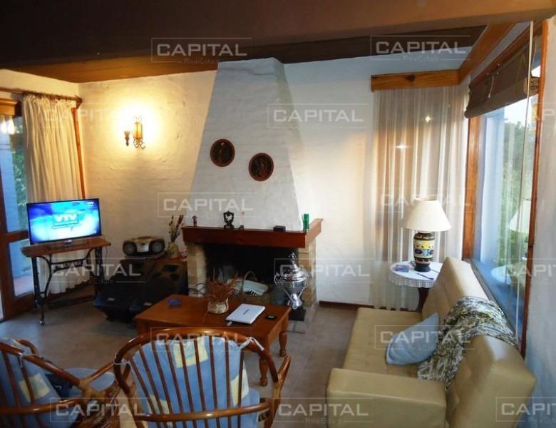 casa en manantiales + 3 dormitorios-ref:25501