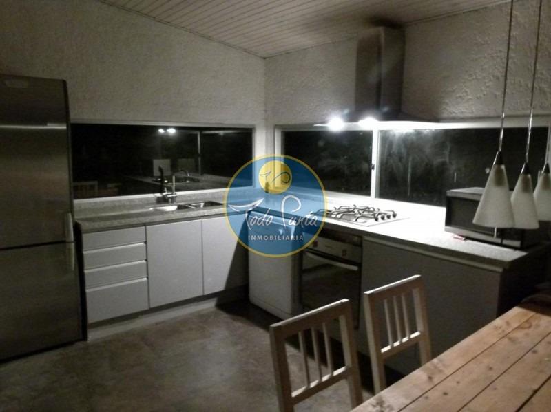 casa en manantiales, 3 dormitorios  venta y alquiler - ref: 4427