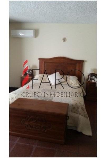 casa en mansa 3 suites y dependencia c/parrillero-ref:33027