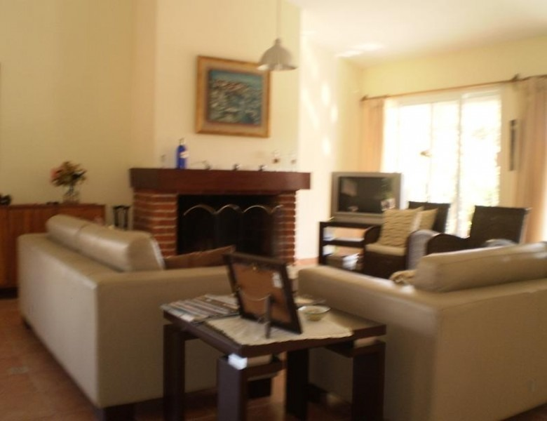 casa en mansa 4 dormitorios 3 baños parrillero-ref:2500