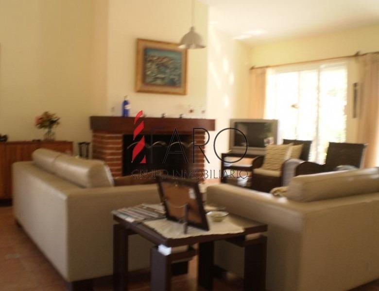 casa en mansa 4 dormitorios 3 baños parrillero-ref:33173