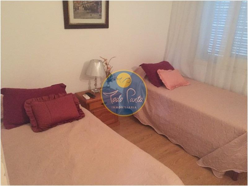 casa en mansa, 4 dormitorios *- ref: 5137