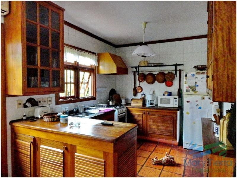 casa en mansa, 4 dormitorios *-ref:1696