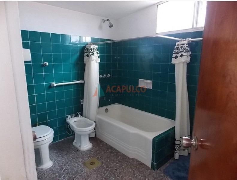 casa en mansa, 4 dormitorios -ref:2111