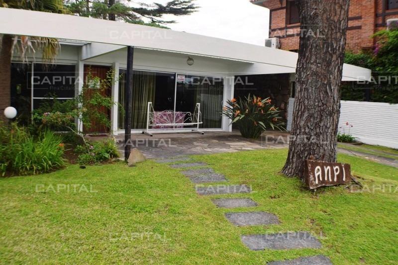 casa en mansa, 4 dormitorios *-ref:26172