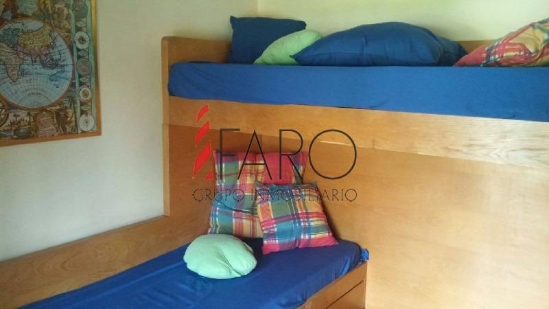 casa en mansa 4 dormitorios y dependencia con piscina y gran parque-ref:35961