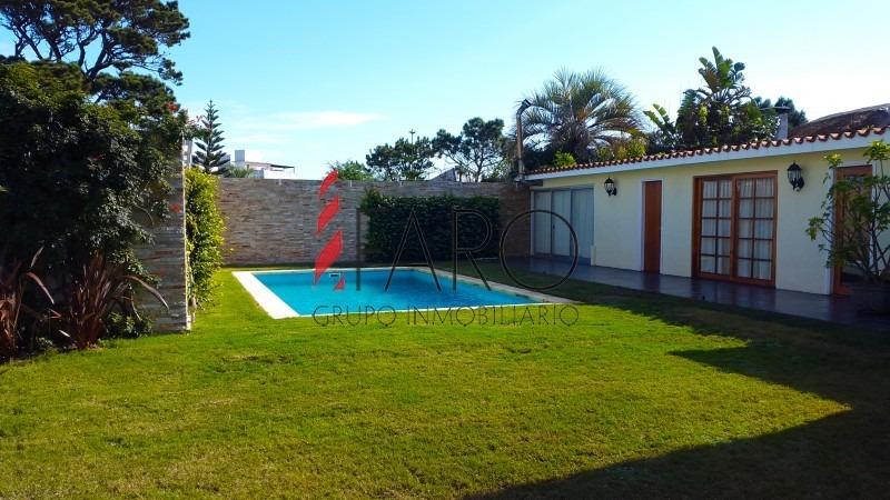 casa en mansa 5 dormitorios con piscina y barbacoa-ref:32712