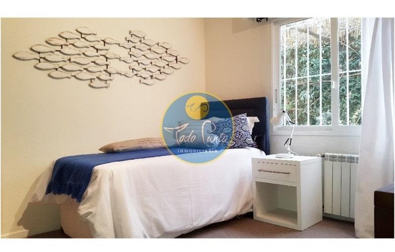 casa en mansa, 5 dormitorios *- ref: 4598