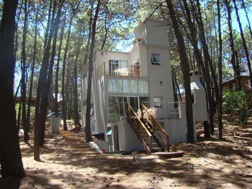casa  en mar azul para 4 o para 8 personas - costa atlántica
