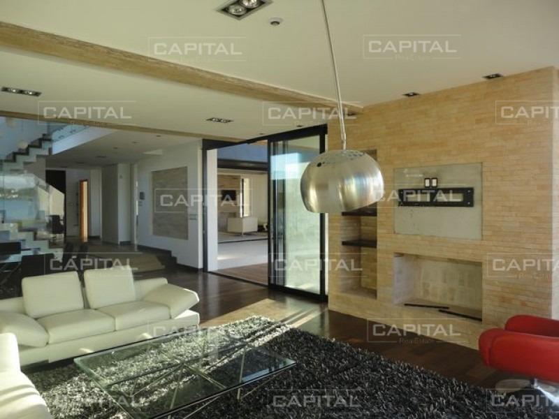 casa en montevideo, 5 dormitorios *-ref:25849