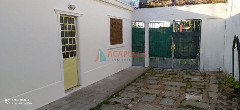 casa en montevideo, malvin norte | acapulco montevideo ref:495-ref:495