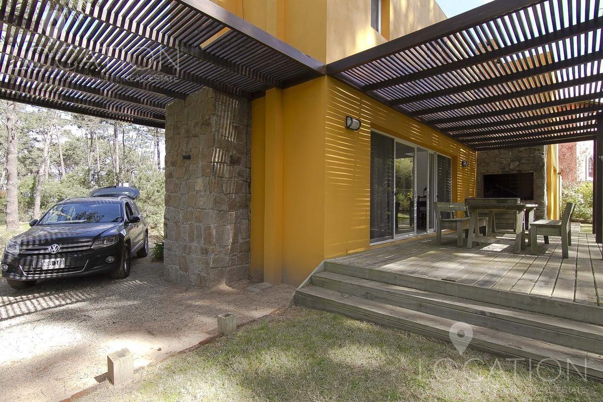 casa en montoya amarilla