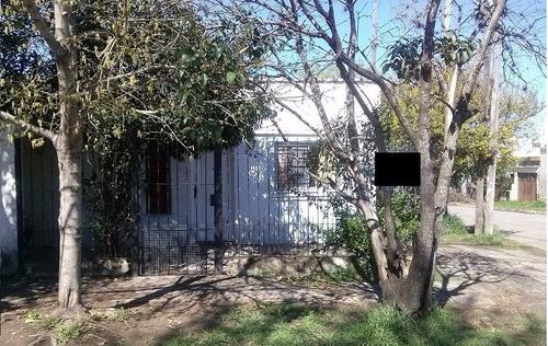 casa en moreno a 10 cuadras de la estacion (ref. 3017)