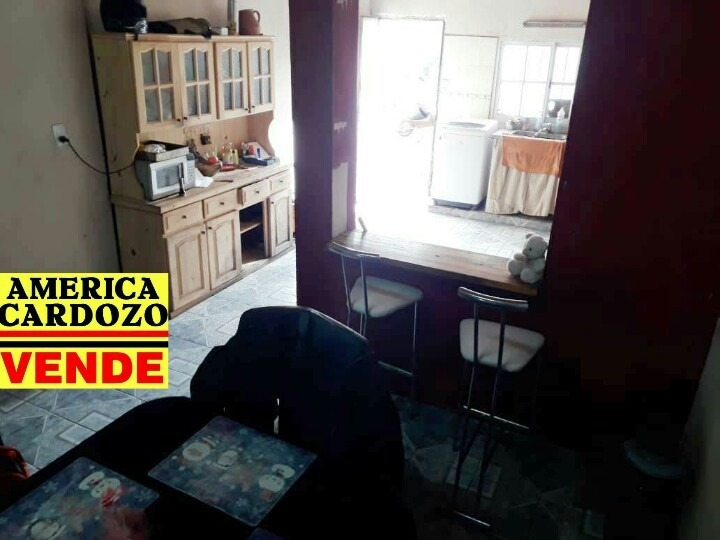 casa en moreno sur de 3 dormitorios (terreno de 560 m2)