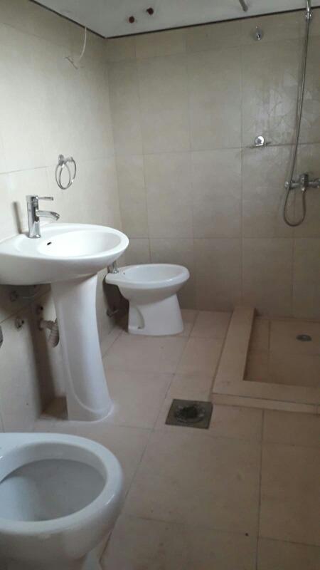 casa en nuevo malvin (media cuadra de av.italia)