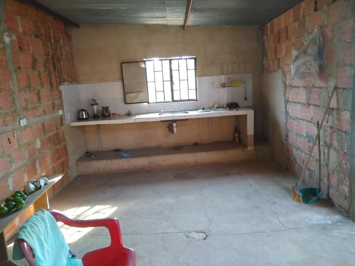 casa en obra negra de 12 por 9 de construcción, solar 145 mt