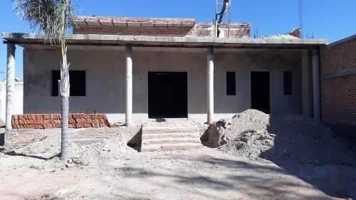 casa en obra negra en agua escondida