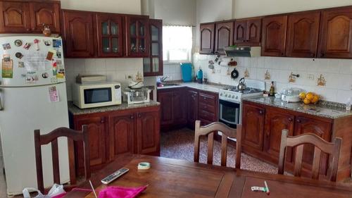 casa en pa con 3 dormitorios, terraza exclusiva con quincho