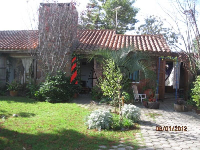 casa en parque pinares, 3 dormitorios-ref:33036
