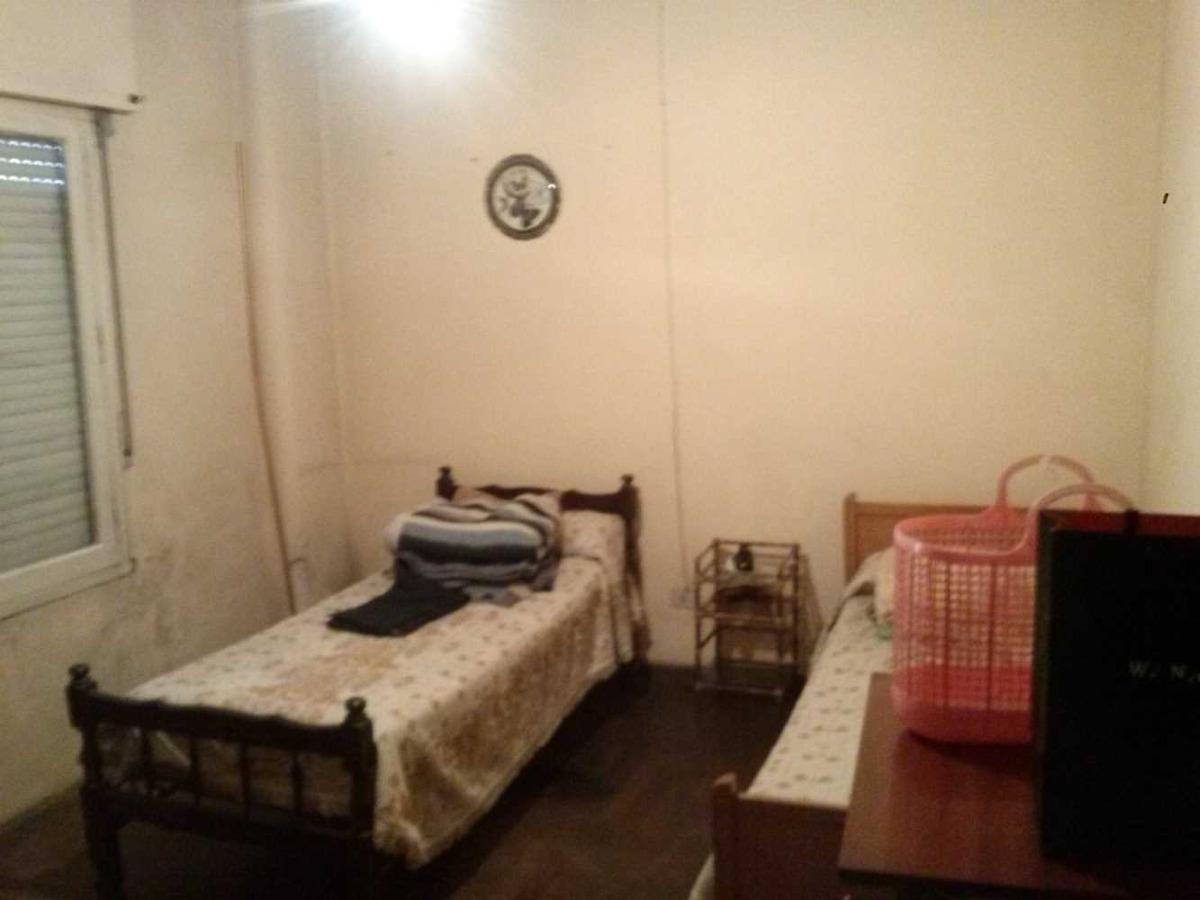 casa en paso del rey centro con 4 dormitorios.