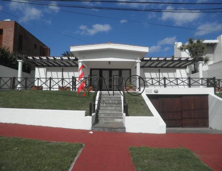 casa en península 4 dormitorios 3 baños con garage- ref: 32780