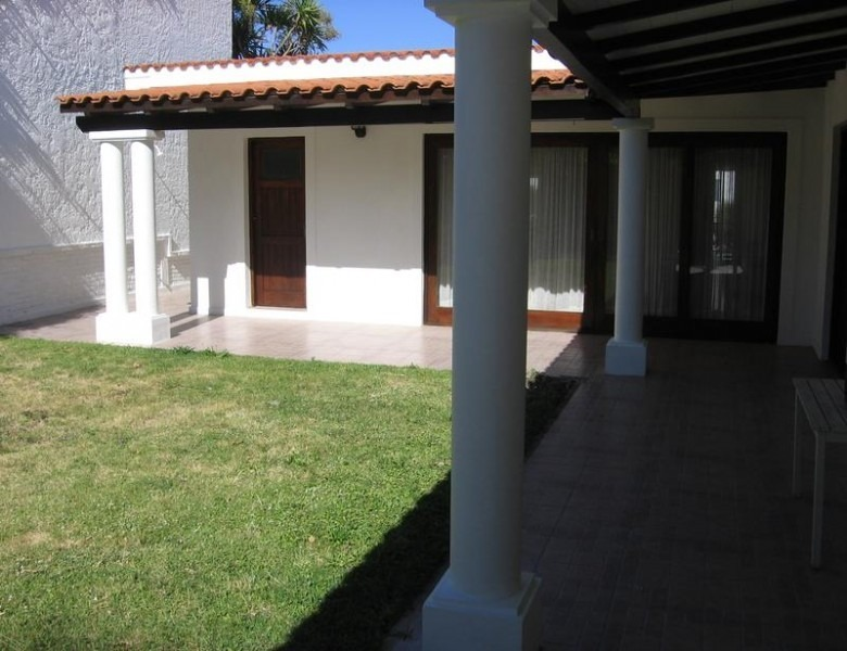 casa en península 4 dormitorios 3 baños con garage- ref: 821