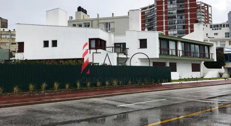 casa en península 5 dormitorios primera linea frente al mar.-ref:34408