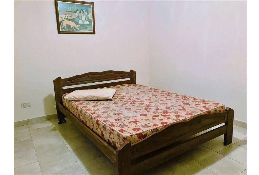 casa en ph en alquiler 2 dorm. c/coch. v. elisa,