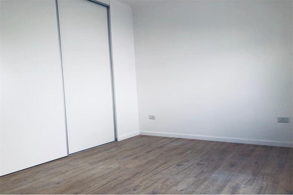casa en ph en venta 2 dormitorios la plata