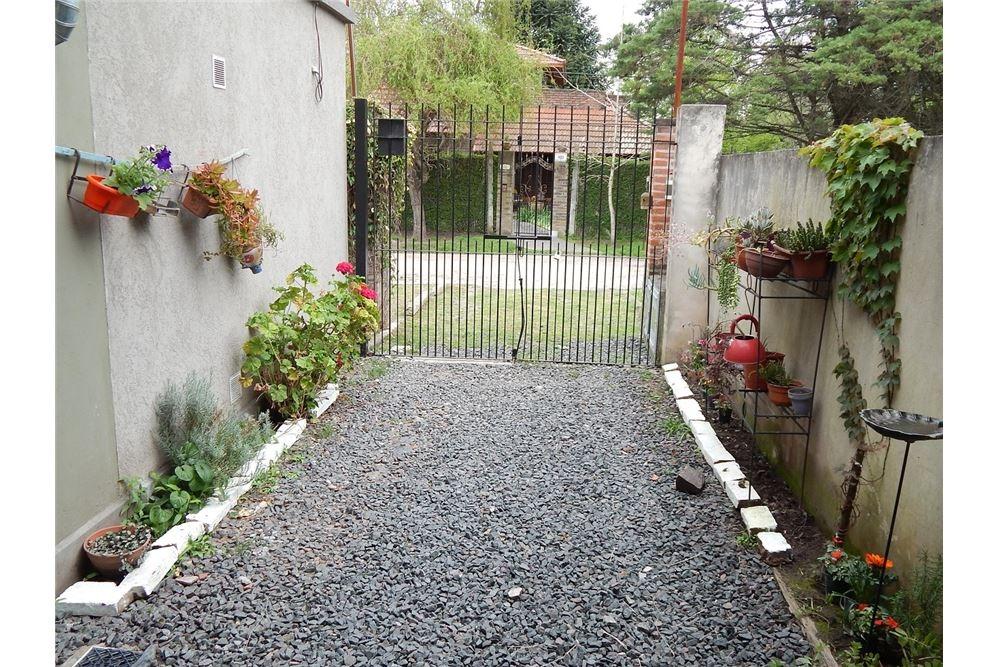 casa en ph  venta en villa elisa 2 dorm. c/coch.