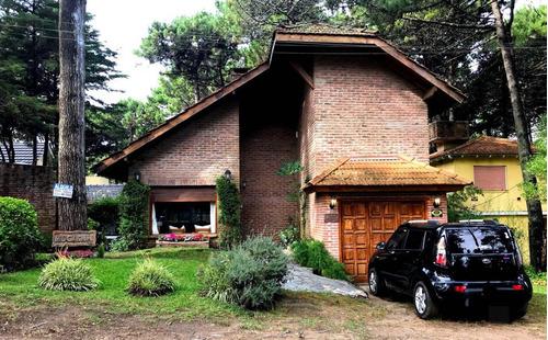 casa en pinamar para 6 personas con alarma garaje y parrilla
