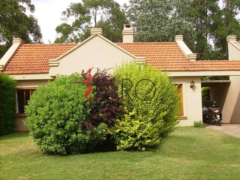 casa en pinares 3 dormitorios con parrillero y cochera-ref:36802