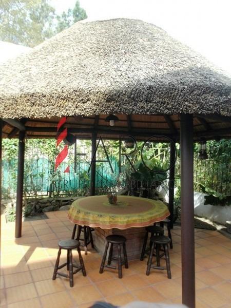 casa en pinares 3 dormitorios piscina parrillero-ref:33160