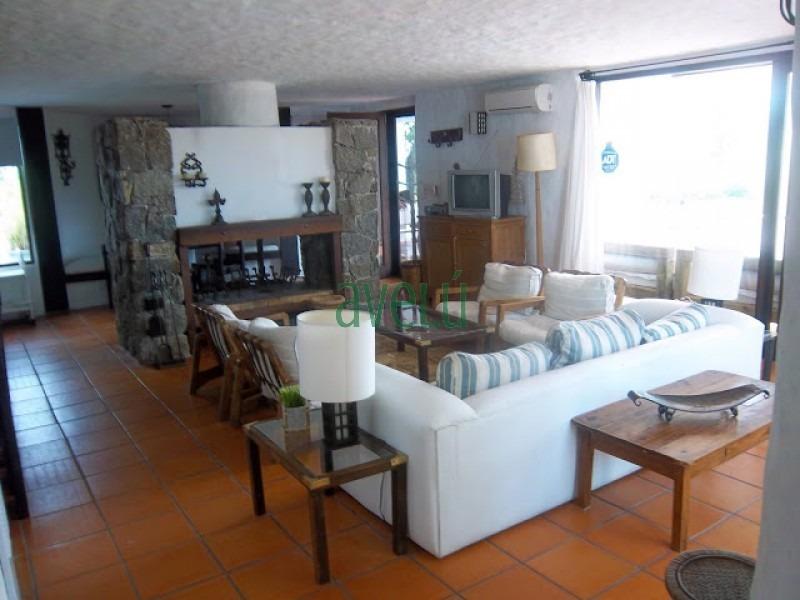 casa en pinares, 3 dormitorios *- ref: 153