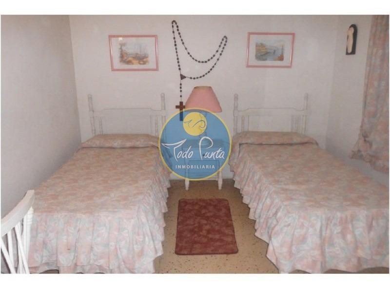 casa en pinares, 3 dormitorios *- ref: 4574