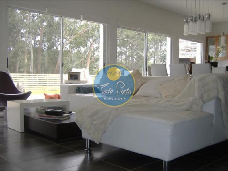 casa en pinares, 3 dormitorios *- ref: 4581