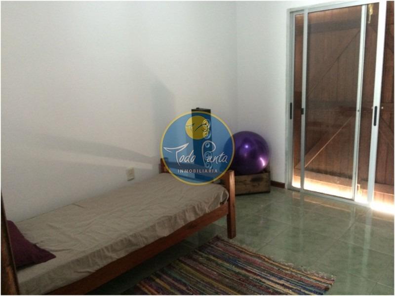 casa en pinares, 3 dormitorios *- ref: 4592