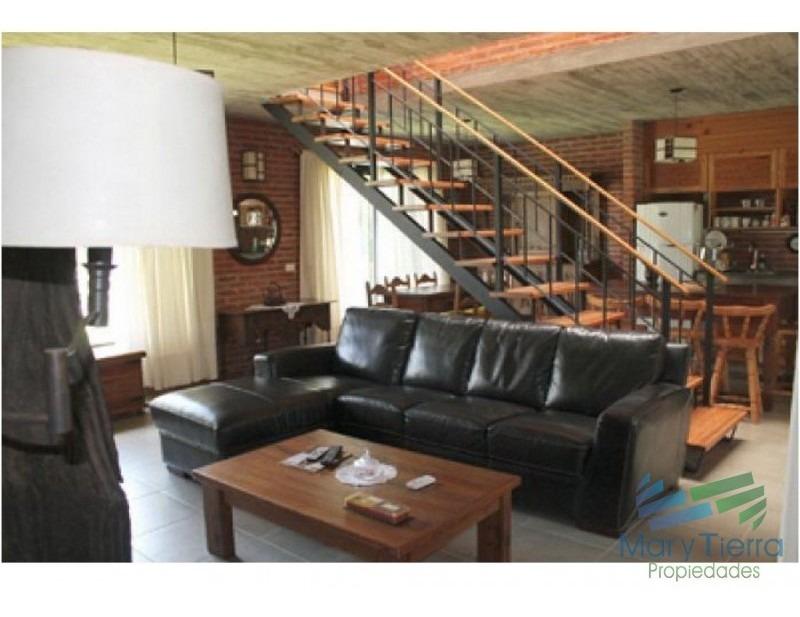 casa en pinares, 3 dormitorios *-ref:1553
