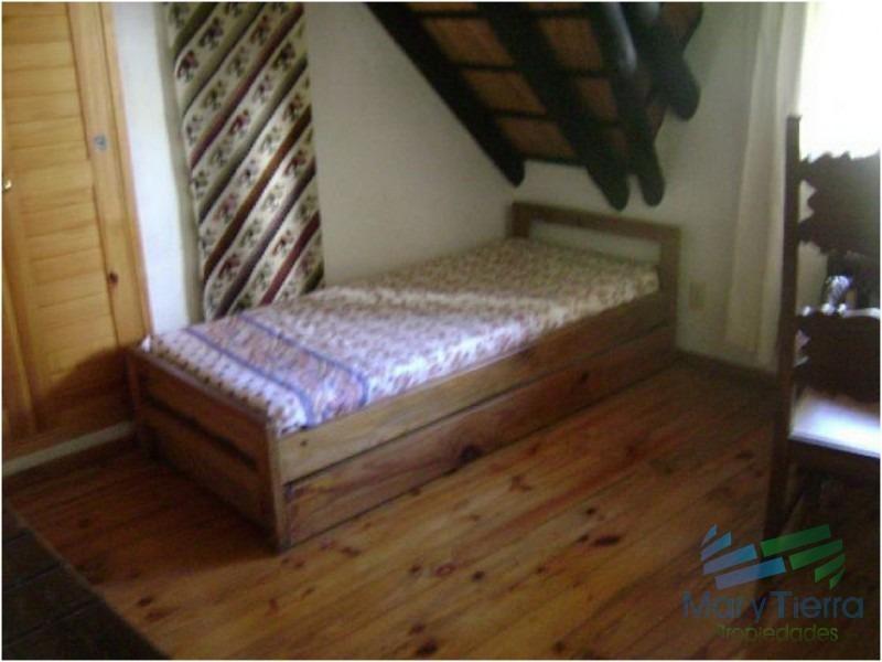 casa en pinares, 3 dormitorios *-ref:1555
