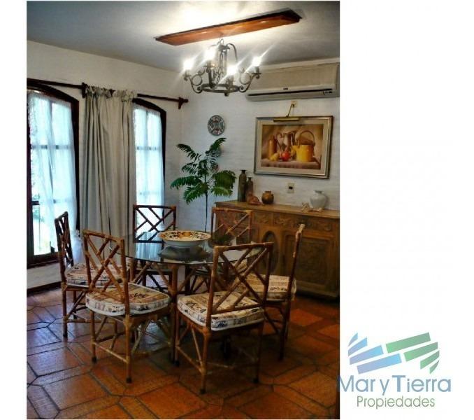 casa en pinares, 3 dormitorios *-ref:1702